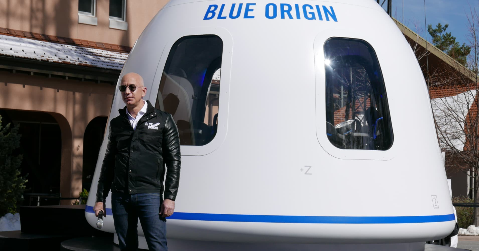 Jeff Bezos just sold $941 million worth of Amazon stock, his most lucrative sale ever