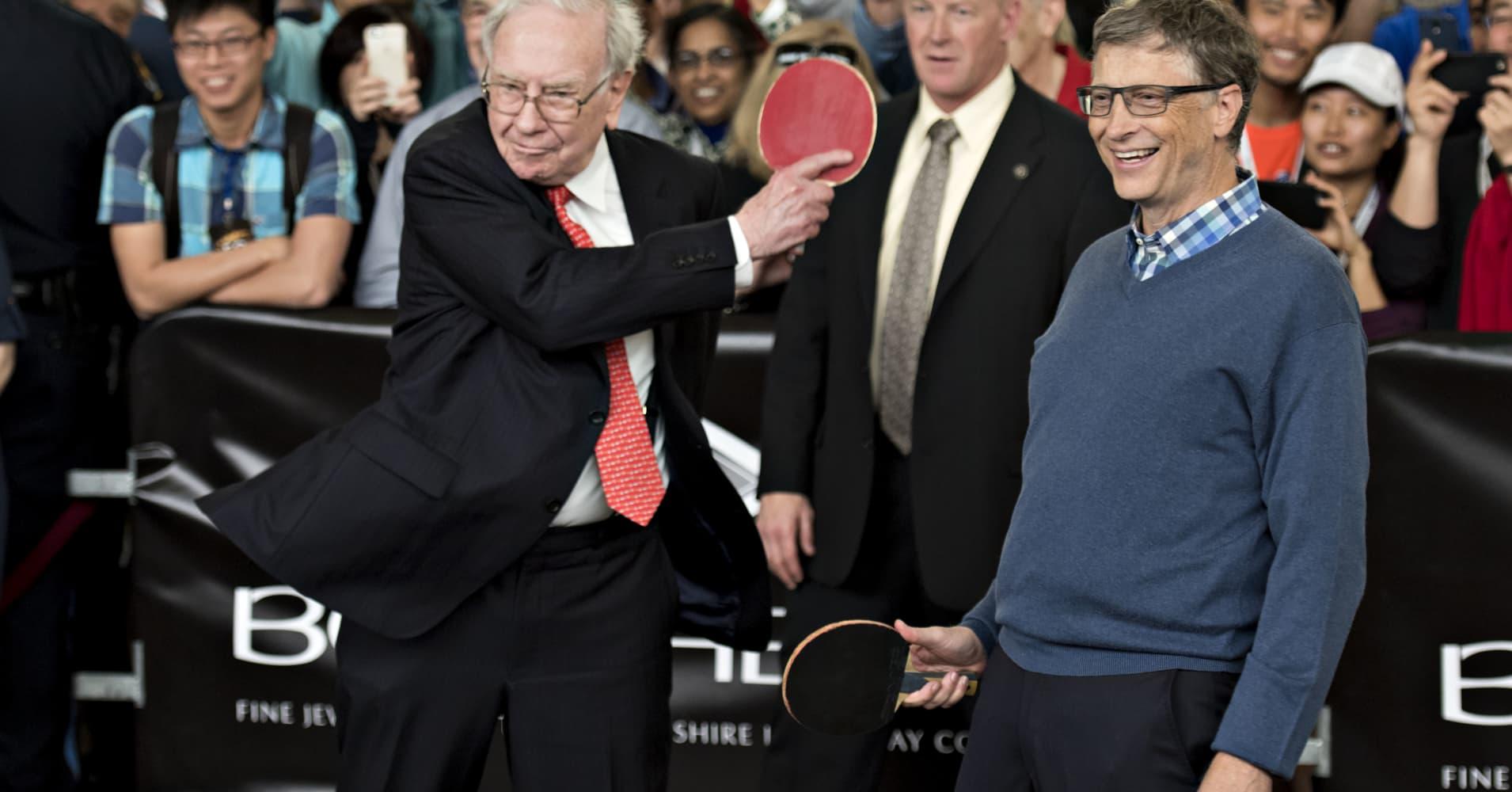 Self-made billionaires Warren Buffett and Bill Gates
