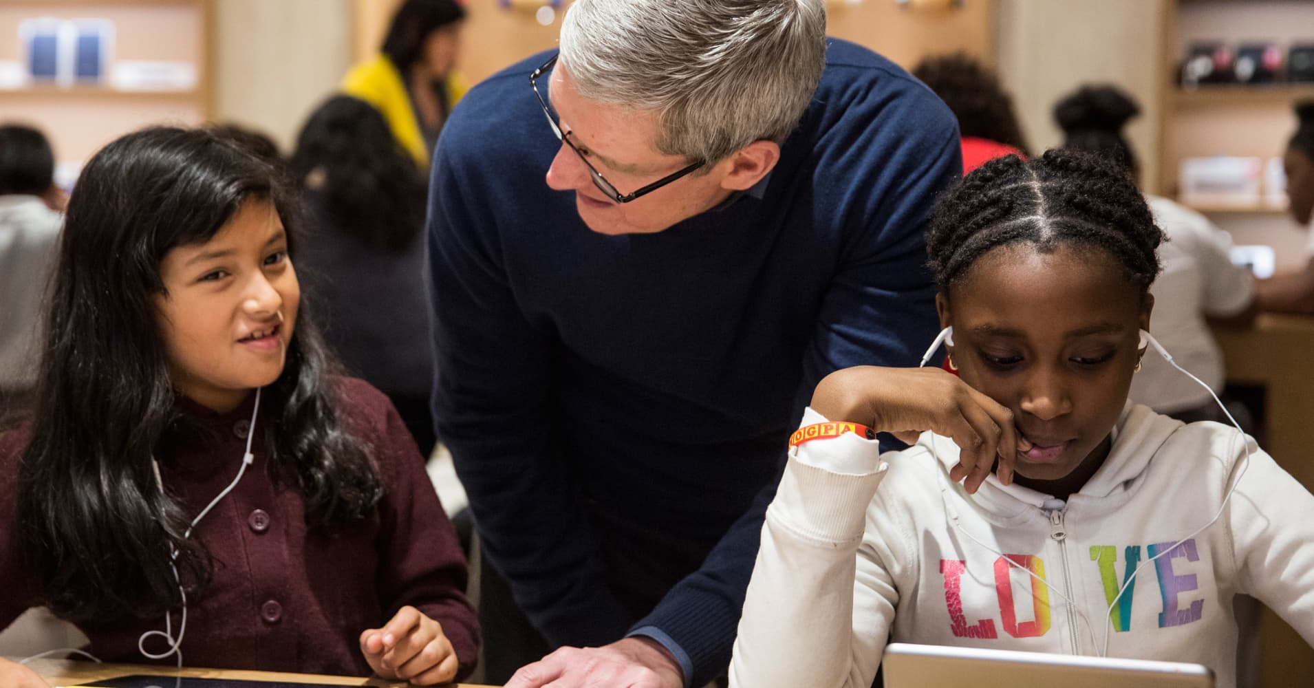 Apple CEO Cook Says 'US will Lose its Leadership in Technology' Unless More Women are Hired