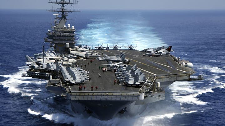 The Nimitz-class aircraft carrier USS Carl Vinson (CVN 70) March 15, 2009 in the Indian Ocean