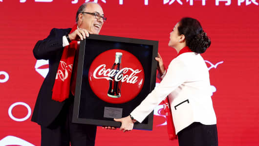 Coca-Cola's Stock Unmoved After Mixed Q1 Report