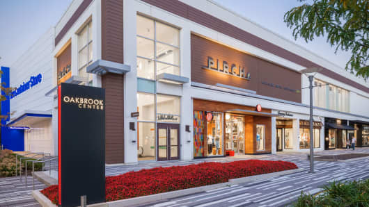 The Container Store and Pirch replaced a former Bloomingdale's Home at the Oakbrook Center mall in Oak Brook, IL.