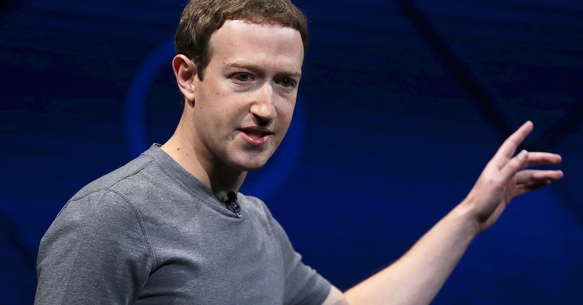 Facebook shareholders to confront Zuckerberg over fake news