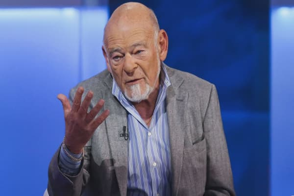 Billionaire Sam Zell disagrees with Warren Buffett: Obamacare repeal isn't a gift to the rich
