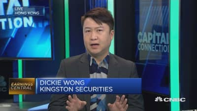 Sina, Weibo shares could climb higher: Analyst