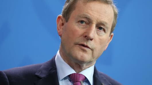 Enda Kenny resigns as Irish Fine Gael party chief