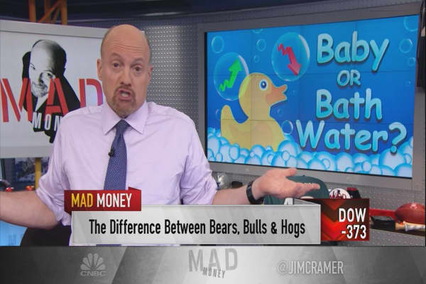 Cramer: The bull case for staying in stocks through a market dip