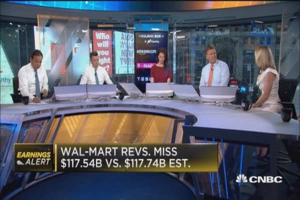 Wal-Mart posts mixed Q1 results
