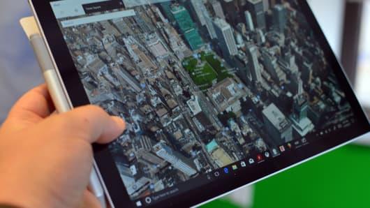 CNBC Tech: Surface Pro - 9