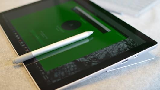 CNBC Tech: Surface Pro - 2