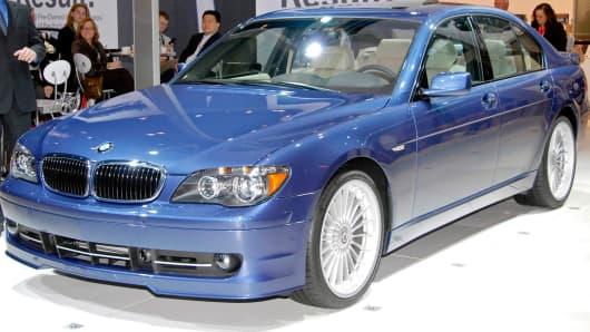 2008 BMW 7-Series sedan.