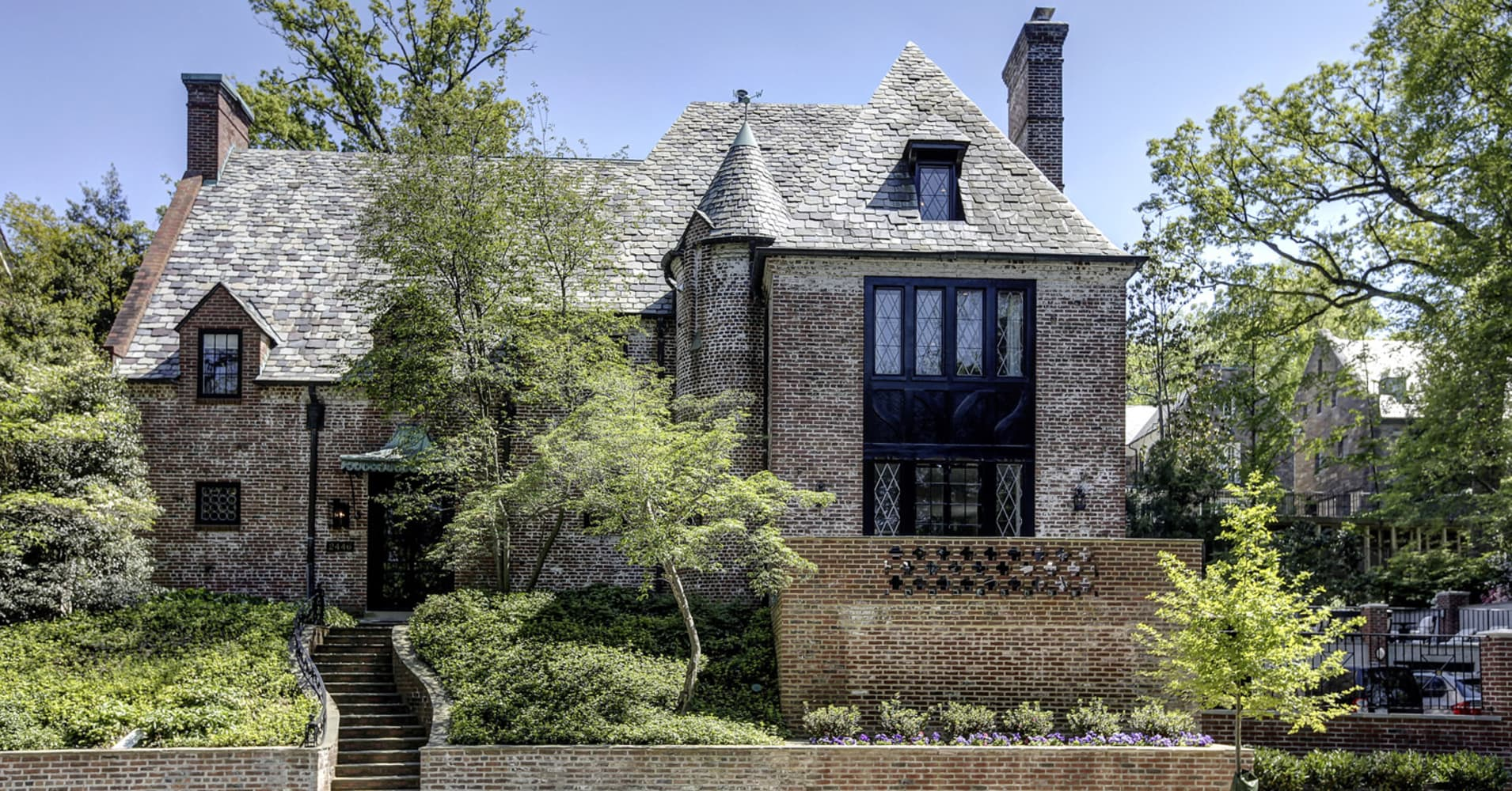 Obamas purchase their D.C. home for $8.1 million
