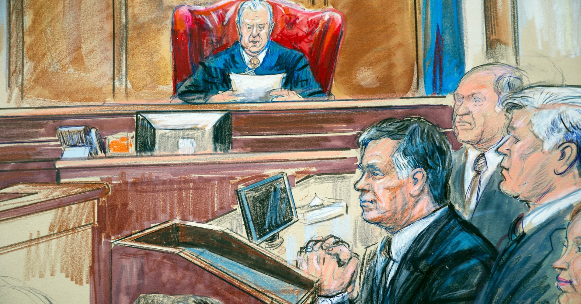 Judge slams 'unusual' aim to defer Manafort's sentencing until he's done cooperating with Mueller