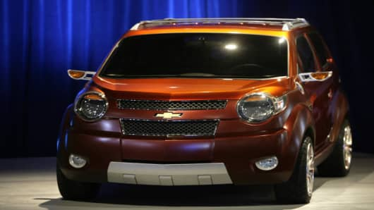 "The new Chevrolet concept car called ""Trax"" is displayed at the New York International Auto Show in New York, Wednesday, April 4, 2007. The show opens to the public on April 6, 2007.  (AP Photo/Seth Wenig)"