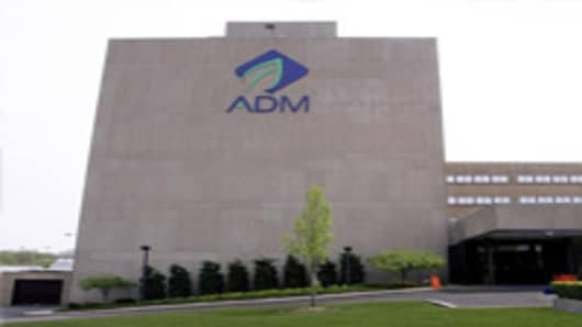 The Archer Daniels Midland Co., logo appears on the main office at the ADM plant in Decatur, Ill., Tuesday, May 1, 2007. Shares of Archer Daniels Midland Co. fell more than 6 percent Tuesday after the nation's largest ethanol producer reported a profit increase for the third fiscal quarter that fell short of Wall Street expectations. (AP Photo/Seth Perlman)
