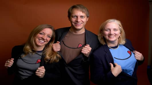 Minneapolis, MN - Three friends, Ken Hall, Keri Barney, and Jodene Jensen who, in 2003, founded P.B.Loco, a peanut butter restaurant.Date: Wednesday November 1, 2006 Photo by © MMG Publishing/Todd Buchanan 2006 Technical Questions: todd@toddbuchanan.com; Phone: 612-226-5154.