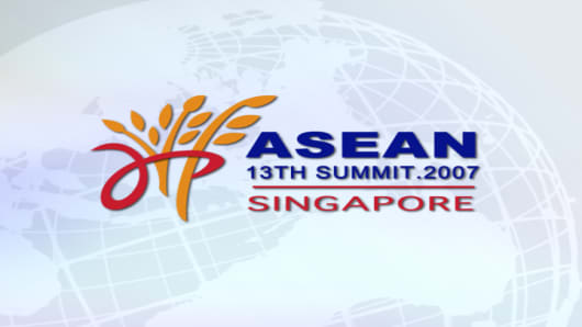 ASEAN 13 SUMMIT.jpg