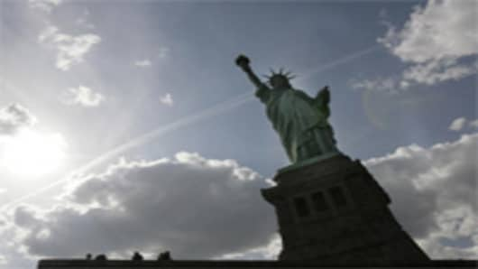 ellis_island_statue_of_liberty.jpg