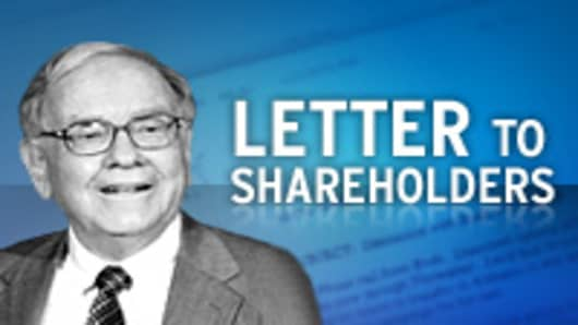 warren buffett tells shareholders he did some dumb things in 2008
