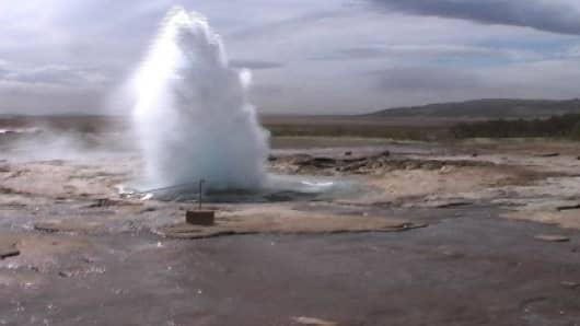 IcelandGeysir.jpg
