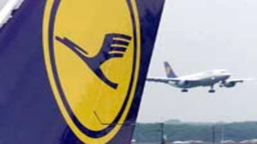 Lufthansa_planes.jpg
