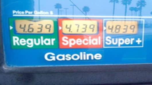 gas_4_dollar_2.jpg