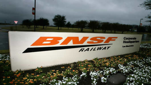 The entrance sign to Burlington Northern Santa Fe railway corporate headquarters campus is shown in Fort Worth, Texas Sunday, Jan. 22, 2006. Burlington Northern Santa Fe Corp., the nation's second largest railroad company, said its fourth-quarter earnings jumped 24 percent as strong demand drove revenue.  (AP Photo/L.M. Otero)