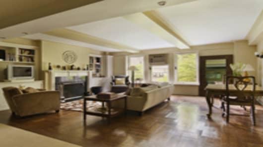 Budow_living_room.jpg
