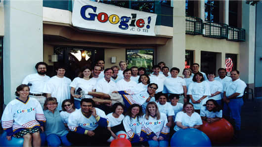 Google employees take one last photo in front of the Palo Alto office the day of the move to their first Mountain View office at 2400 Bayshore in 1999