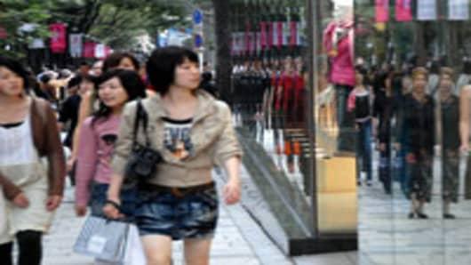 shoppers_asia.jpg