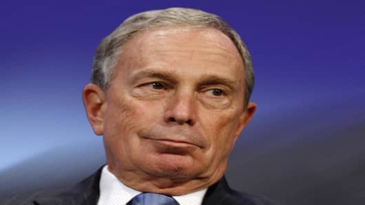 ** FILE ** In this Thursday, Sept 25, 2008 file photo, New York Mayor Michael Bloomberg participates in a panel discussion at the Clinton Global Initiative annual meeting in New York. Bloomberg has decided to try to reverse the term-limits law he had long supported so he can seek a third term next year and help the city emerge from financial turmoil, a person close to the mayor told The Associated Press on Tuesday, Sept. 30, 2008. (AP Photo/Jason DeCrow)