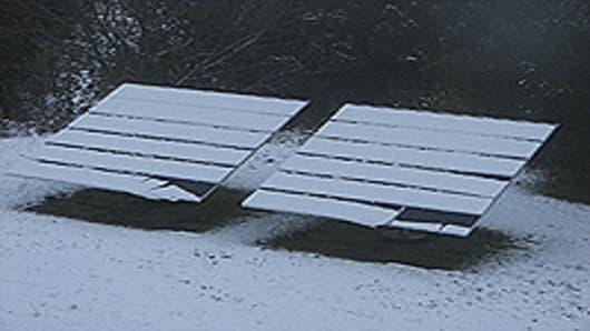 solar_panels_snow.jpg