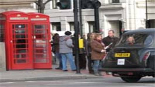 london_phonebox_cab_200.jpg