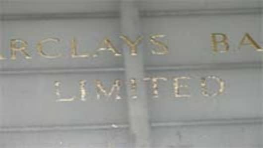 barclays_sign_200.jpg