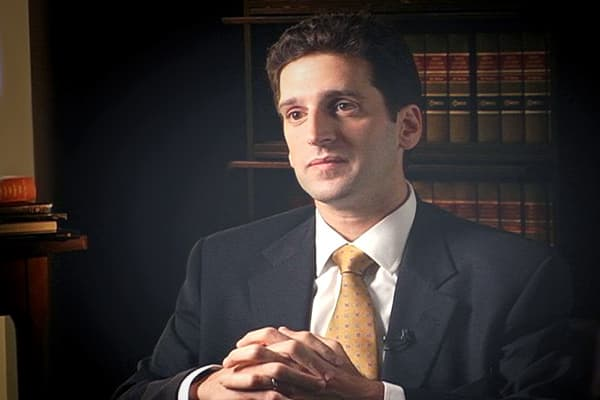 Assistant U.S. Attorney Ben Lawsky offered Pajcin a proposition: become a government cooperator in exchange for the chance of a lesser sentence. Pajcin accepted.