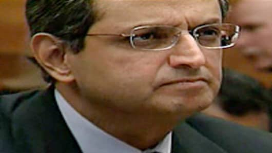 Vikram Pandit testifying before House Financial Services Committee