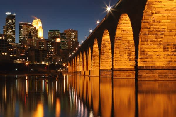 (Source: * Based on Homeowner Vacancy Rates for the 75 Largest Metropolitan Statistical Areas for the Fourth Quarter of 2008)Metro area includes: Minneapolis, St. Paul, Bloomington