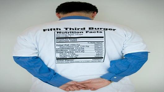 Darren Rovell wearing the Fifth Third Burger T-shirt