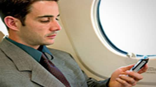 Using cellphone in Airplane