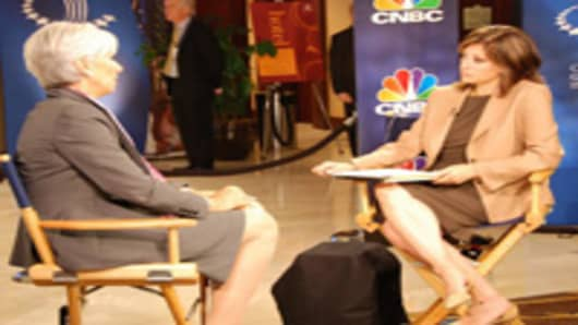 Maria Bartiromo interviewing French Finance Minister Christine Lagarde