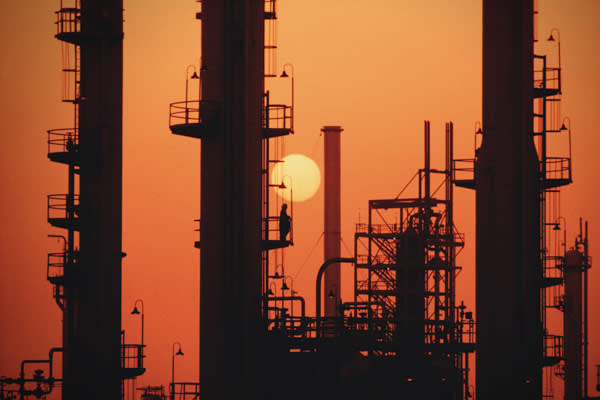 Proved Oil Reserves: 266.7 billion barrelsTotal Oil Production: 10.7 million barrelsCrude Oil Production: 9.26 million barrelsConsumption: 2.29 million barrelsExports to US (2007): 1.49 million barrelsPictured: Saudi Arabian Oil Refinery