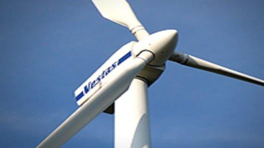 wind_turbines6_200.jpg