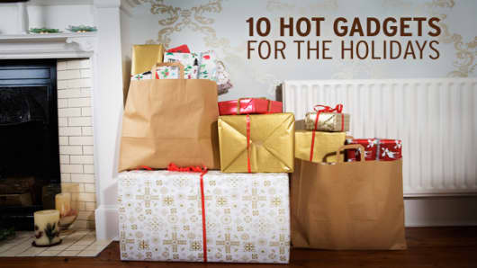 Even though the economy's in the dumps, consumer electronics will still top many gift lists this holiday season. If you're shopping for a gadget hound, the thousands of choices can be downright baffling. Here are a few that should make you a hit with friends and family.