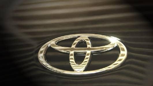 toyota logo-resized.jpg