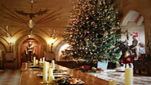 warwick_castle_great_hall_christmas_200.jpg