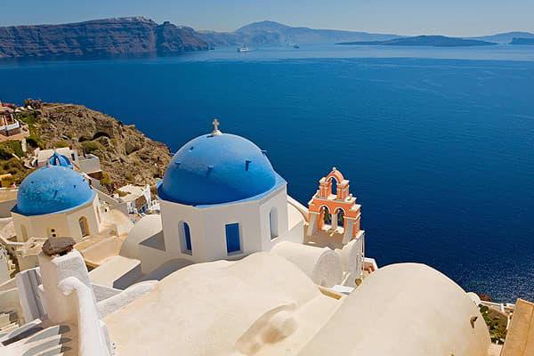 CPD: 18.67%BBB+ / BBB+Pictured: The view over the caldera of Santorini, Greece.