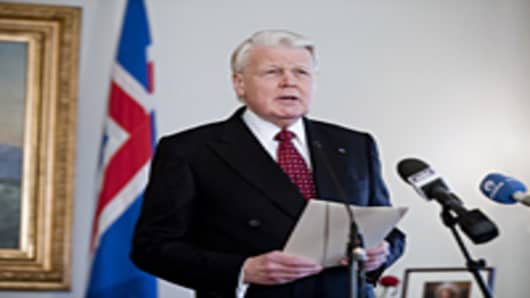 Icelandic President Olafur Ragnar Grimsson announces in a speech televised to the nation that he would not sign a controversial bill to compensate the British and Dutch governments over the failure of Icesave bank, instead referring the issue to a referendum.