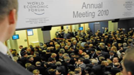 davos2010_crowd_200.jpg