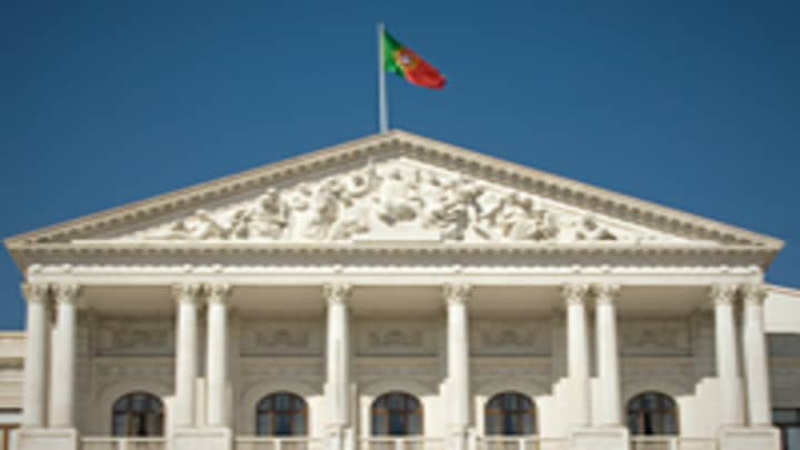 Portugal S New Government Faces Daunting Task