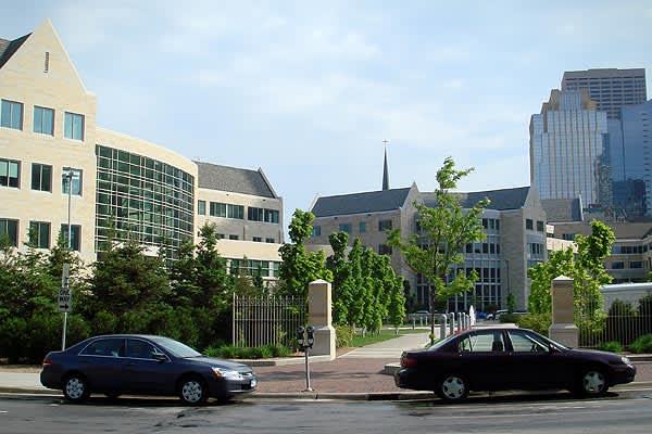 Location: Saint Paul, Minn. 2009 Endowment Loss: $98.8 million (-28.16%)Endowment Value: $252 million